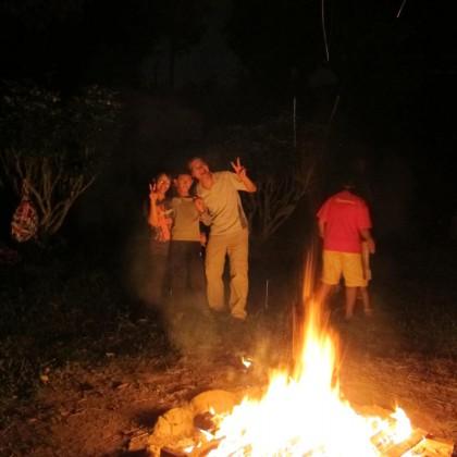 D. 營火晚會